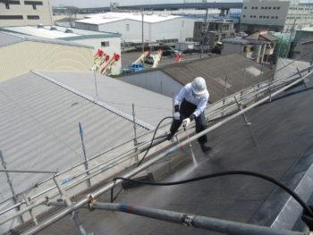 屋根高圧洗浄・塗装リフォーム