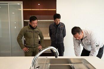 職人と代表による竣工検査